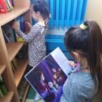 Maki i książki